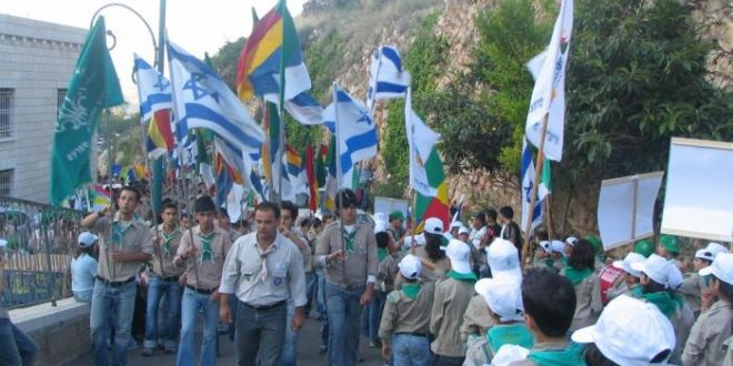 pikiwiki_israel_1337_druze_scouts_at_jethro_holy_place_%d7%a6%d7%95%d7%a4%d7%99%d7%9d_%d7%93%d7%a8%d7%95%d7%96%d7%99%d7%9d_%d7%91%d7%a7%d7%91%d7%a8_%d7%99%d7%aa%d7%a8%d7%95