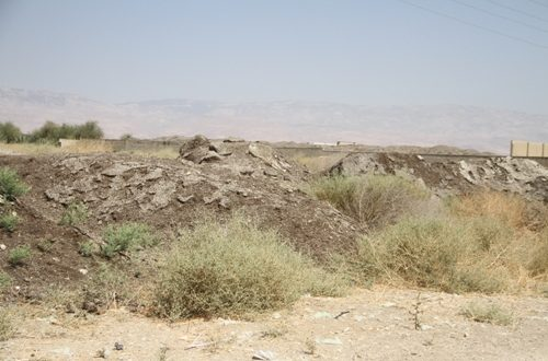 trashes-in-jordan-valley